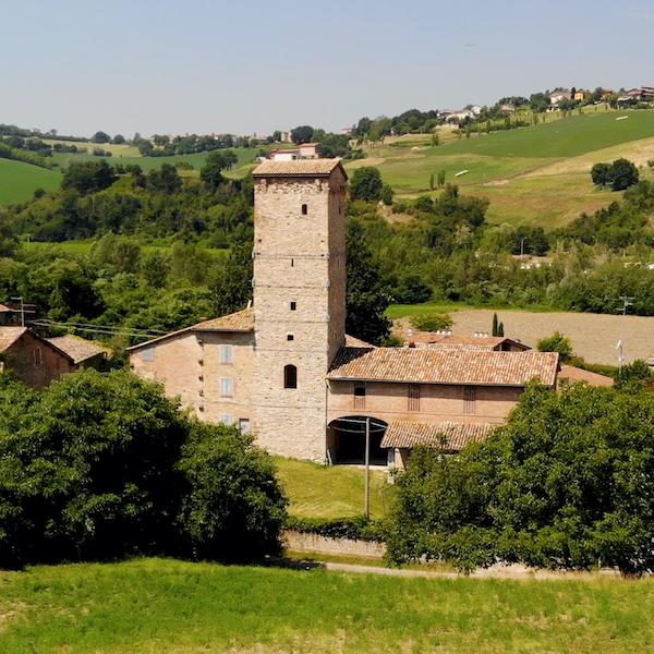 Borgo di Torre Maina